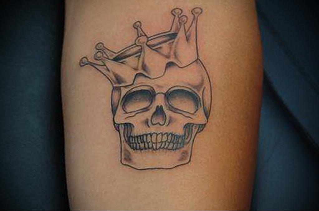 Значение татуировки корона 13