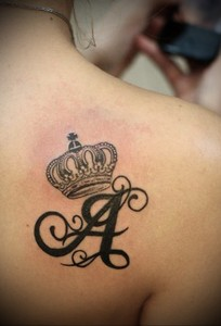 Значение татуировки корона 14