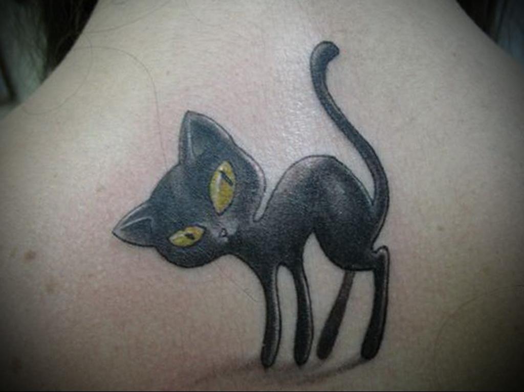 Значение татуировки кошка 8