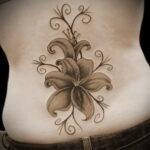 Значение татуировки лилия 9