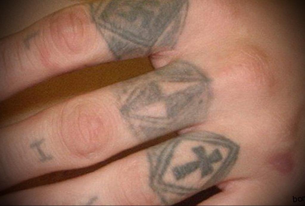 Значение татуировки перстни 5