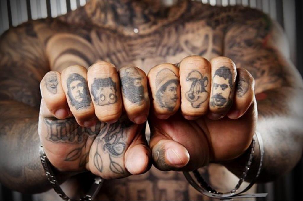 Значение татуировки перстни 9