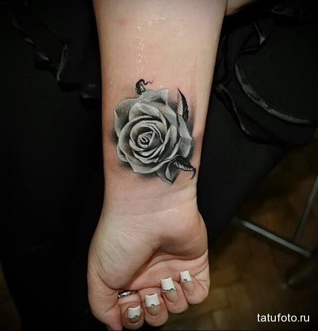 ТАТУ НА ЗАПЯСТЬЕ ЖЕНСКАЯ - серая роза