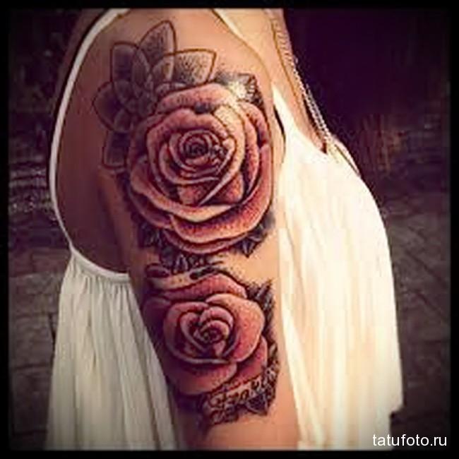 две розы и слова татуировка на руку женская