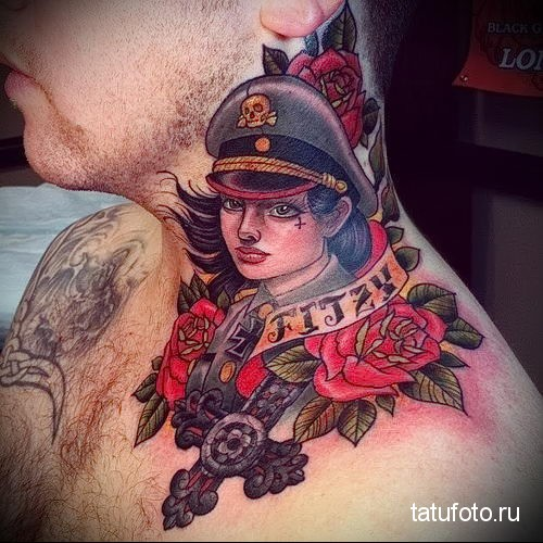 девушка в немецкой форме СС - татуировка на шее мужчины - фото