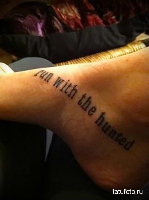 женская татуировка на стопе фото 9