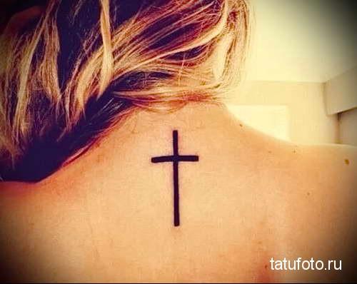 крест прямыми линиями (самы простой вариант) - татуировка на шее женская - фото