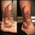 мандала на косточке ноги - татуировка на стопе мужская - фото