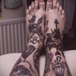 олд скул рисунки - татуировка на стопе мужская - фото