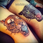 парная татуировка олд скул на ноги для девушки - пантера и тигр