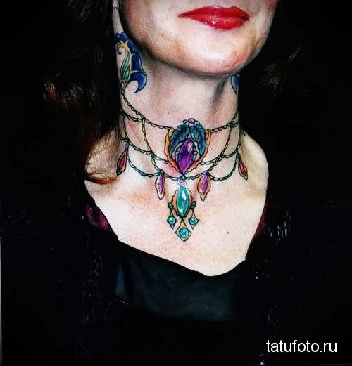 подвеска из драгоценных камней - татуировка на шее женская - фото