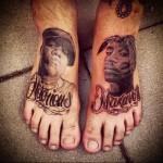 портреты реперов - татуировка на стопе мужская - фото