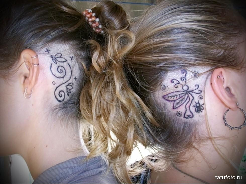примеры женской тату на голове за ухом