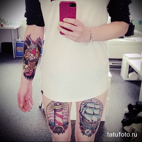 татуировка маяк и парусник на ногу для девушки