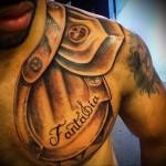 татуировка наплечник и нагрудник (часть доспехов) - мужская татуировка на плече