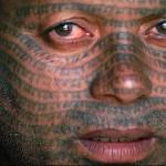 татуировки на все лицо в виде линий