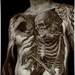 тату большой рисунок со скелетом - мужская татуировка на грудь