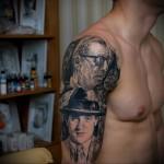 тату два мужских портрета - мужская татуировка на плече