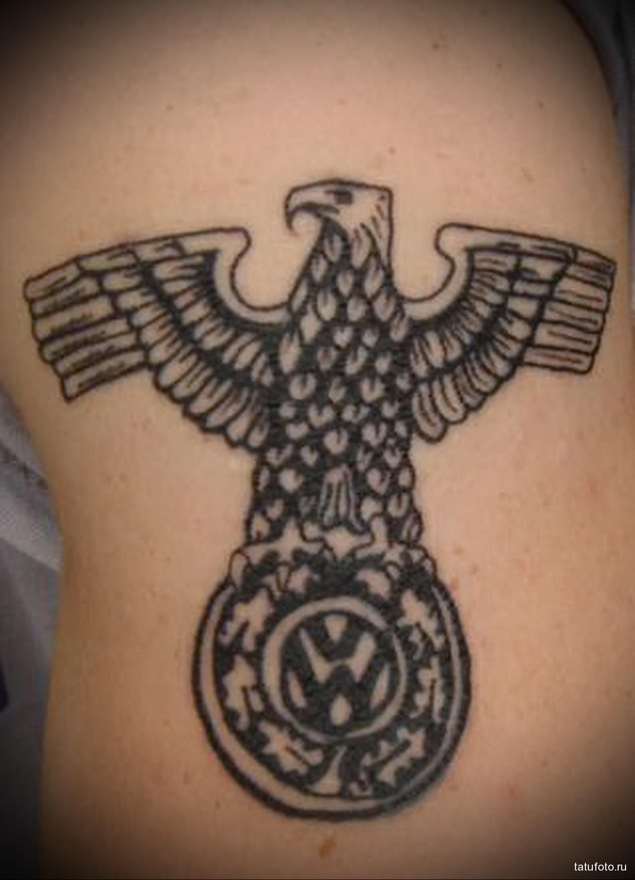 тату немецкий орел расправив крылья - - мужская татуировка на плече