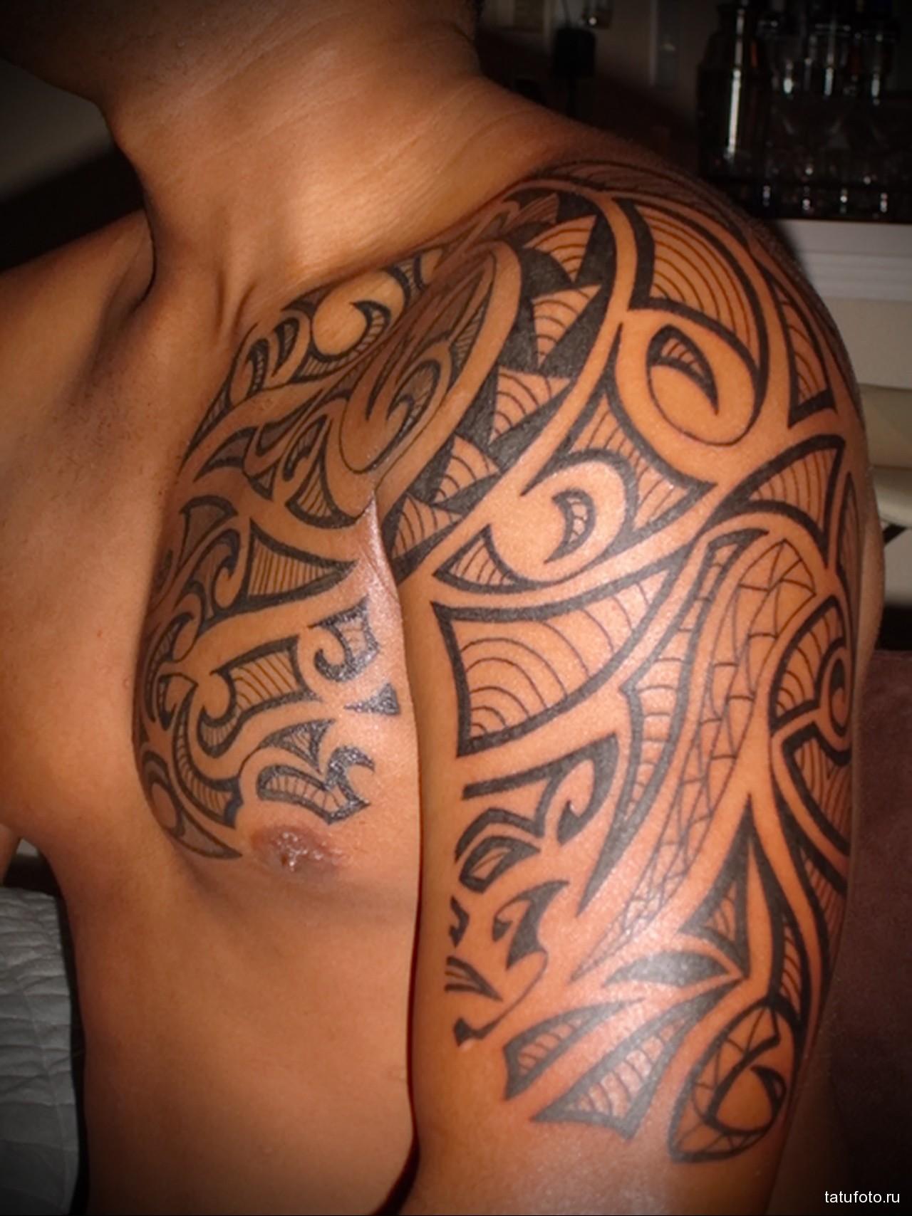 Сексуальные татуировки на плечо