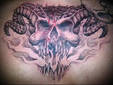 череп с рогами тату 1