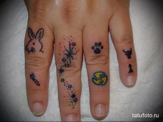 зайчик и след животного - татуировка на пальце для девушки (тату - tattoo- фото)