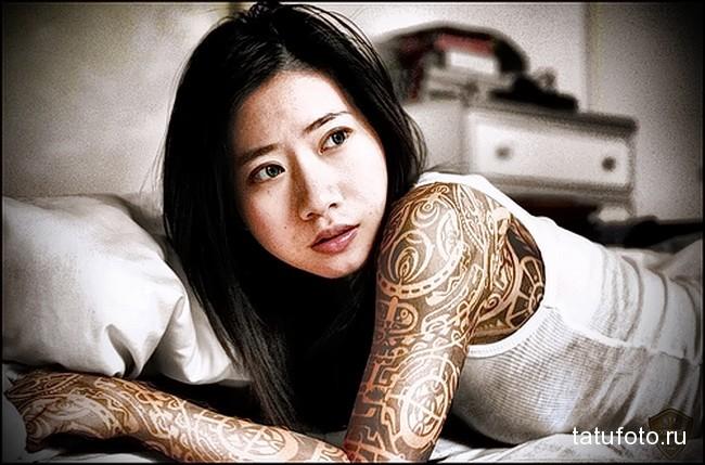 народные узоры татуировка на руку женская
