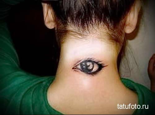 открытый глаз (око) - татуировка на шее женская - фото