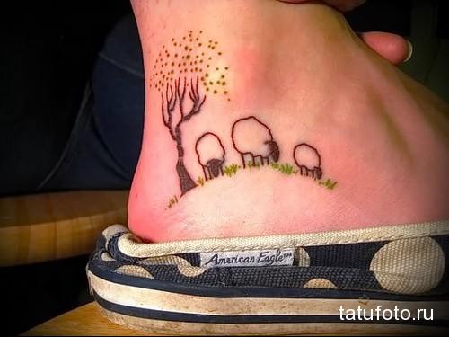 татуировка дерево и овечки