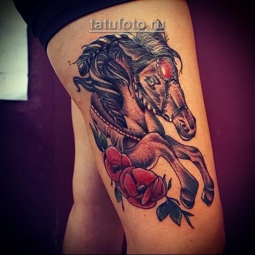 татуировка конь и розы - рисунок олд скул - цветная