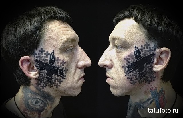 татуировка крест на ве лицо