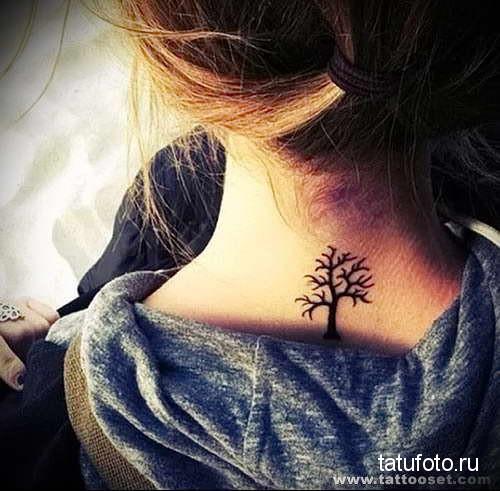 черное дерево без листвы - татуировка на шее женская - фото