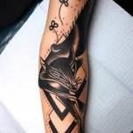 Лиса в татуировке на руку
