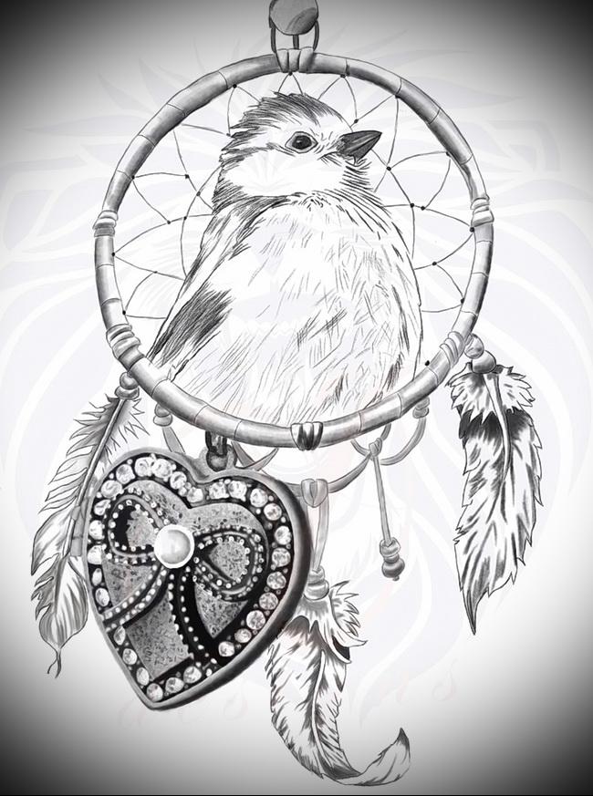 Тату ловец снов эскиз - с сердцем и птичкой в центре