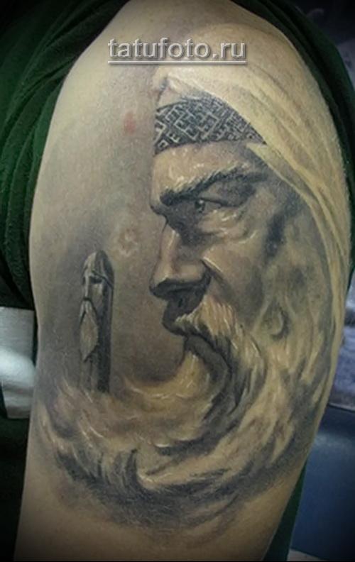 Татуировки в славянском стиле- бородатый старец
