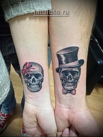 парные татуировки с черепами