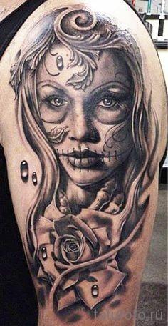 Значение тату череп нанесенный поверх лица девушки