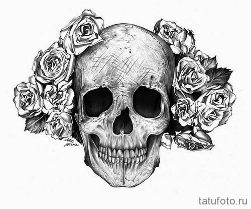 Тату череп с цветами значение