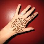 Сколько держится татуировка хной 1