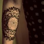 Сколько держится татуировка хной 4