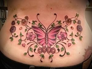 тату бабочки на пояснице пример