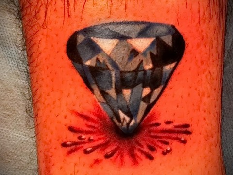 Значение тату алмаз (бриллиант) 12