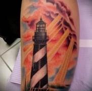 Значение тату маяк – вариант на фото