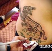 Татуировки Анджелины Джоли фото 4565456546