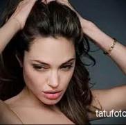 Татуировки Анджелины Джоли фото 7567345