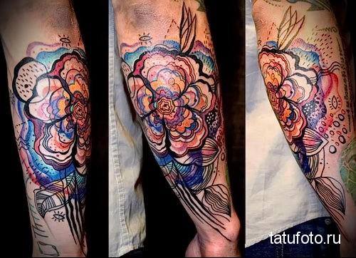 необычный большой цветок - тату акварель фото