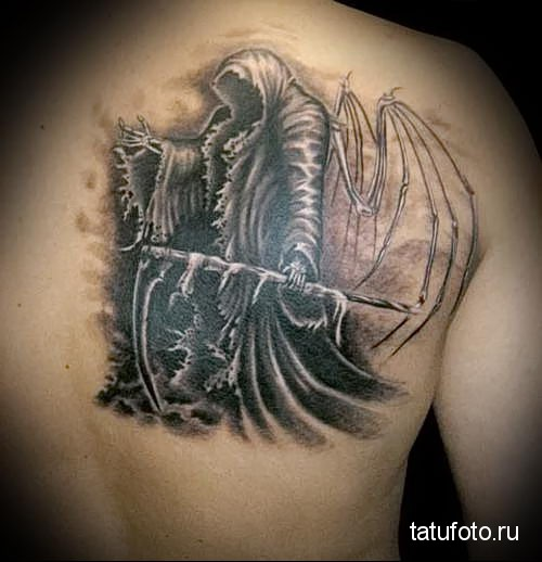 тату ангела на спине 8