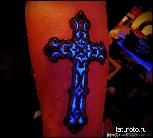 тату крест на руке фото 2