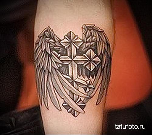 тату крест с крыльями 5