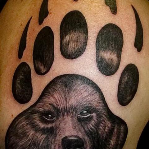 Тату с символикой медведя